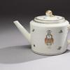 Teapot, Jingdezhen, China, ca.  1790, hard-paste porcelain, bequest of Joseph H.  and June S.  Hennage