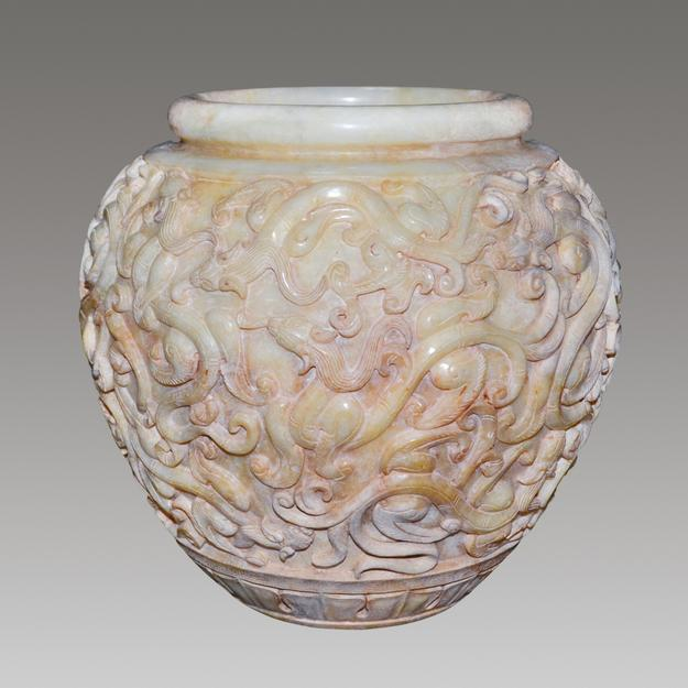 Han Dynasty carved jade jar.  Lot 120, Gianguan Auctions.  June 10 sale.