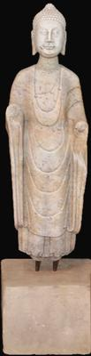 A Qi Dynasty Buddha statue, marble.  Note the stylistic differences.  Lot 145.Gianguan Auctions, June 10 sale.