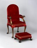 Governor's Chair London, England, ca.  1750 Mahogany arms, arm supports, legs, and knee blocks; beech stiles, back rails, and seat rails Museum Purchase, 1930-215
