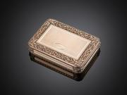Yellow, green and rose golds create a subtle yet stunning effect in this Swiss snuffbox