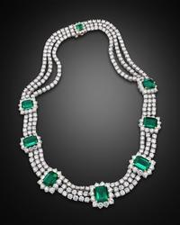 The eight majestic, perfectly matched Colombian emeralds in this dazzling necklace are also untreated.  These rarities weigh a combined 32.62 carats and are certified.