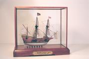 MAYFLOWER II Miniature on cradle base