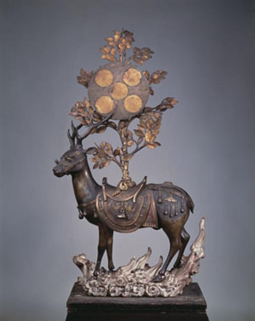 Unknown Artist, Deer Bearing Symbols of the Kasuga Deities, Nanboku-chō period, 14th century, bronze, Hosomi Museum