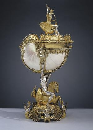 The Royal Collection Trust SILVER, BELLS AND NAUTILUS SHELLS: ROYAL CABINETS OF CURIOSITY AND ANTIQUARIAN COLLECTING – An English Wunderkammer Nautilus cup, Nikolaus Schmidt, c.1600