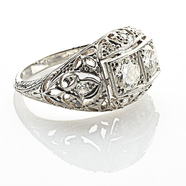 "Lot 120, Art Deco ""Moi et Toi"" Diamond Platinum Ring, $1,500-2,000."