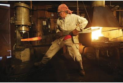 Albert Paley Forging (Gina Taro, photographer)