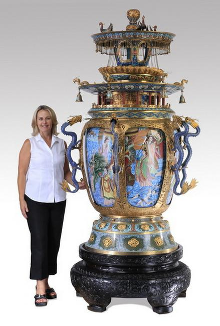 This finely detailed and palace-size Chinese enamel cloisonne and gilt metal censor, 96 inches tall, will be sold by Great Gatsby's, Aug.  29-30 in Atlanta, Georgia.