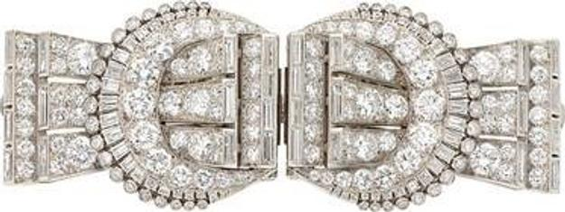Tiffany Diamond Brooch brings $250,000