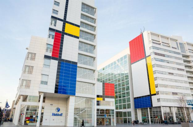 The Hague is celebrating '100 years of Mondriaan and De Stijl' with a Mondrian-draped city hall buildng, and more.