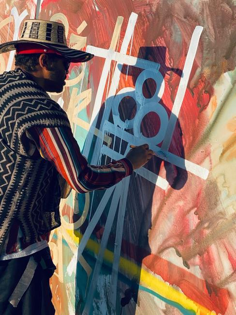 RETNA creates his new works in Mexico for the 'Valle de Guadalupe' exhibition (HOFA Gallery)