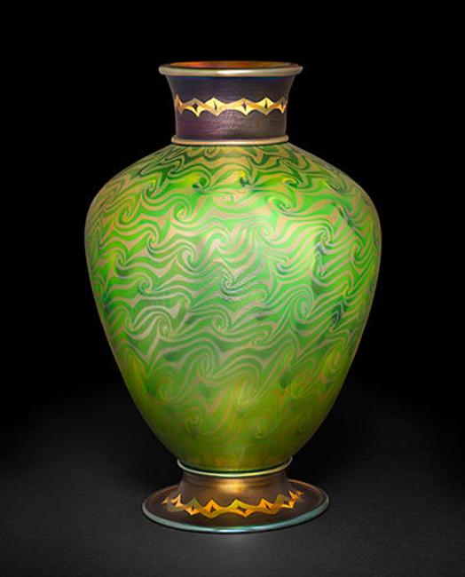 Tiffany Studios, Byzantine Vase, favrile glass, 14 5/8 × 9 1/2 in.  Collection of Stanley and Dolores Sirott, © David Schlegel, courtesy of Paul Doros.  Image courtesy of The Huntington Library, Art Collections, and Botanical Gardens.