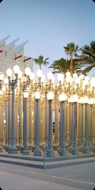 : Chris Burden, Urban Light (detail), 2008, Los Angeles County Museum of Art, the Gordon Family Foundation's gift to Transformation: The LACMA Campaign, © Chris Burden, photo © 2015 Museum Associates/LACMA