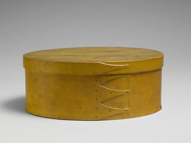 Oval Box.  American, 1800-1900.  Maple, pine.  4 11/16 x 11 5/16 x 8 15/16 in..  Friends of the American Wing Fund, 1966 (66.10.36a, b)