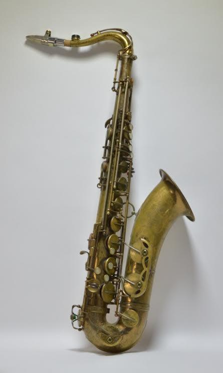 1958 French-made Henri Selmer Mark IV tenor sax, decorated with a beautifully etched floral design to the shell and recently replaced pads (est.  $1,500-$2,500).