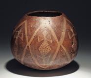 Lot 72: Rare Hohokam Sacatan Vessel, Lizard Motif, ca.  900-1100 CE.
