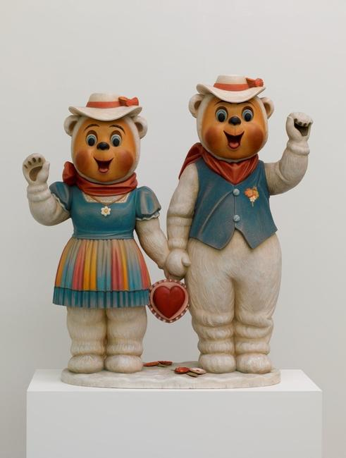 Jeff Koons, Winter Bears 1988 ARTIST ROOMS, Tate and National Galleries of Scotland Acquired jointly through The d'Offay Donation with assistance from the National Heritage Memorial Fund and the Art Fund 2008, © Jeff Koons