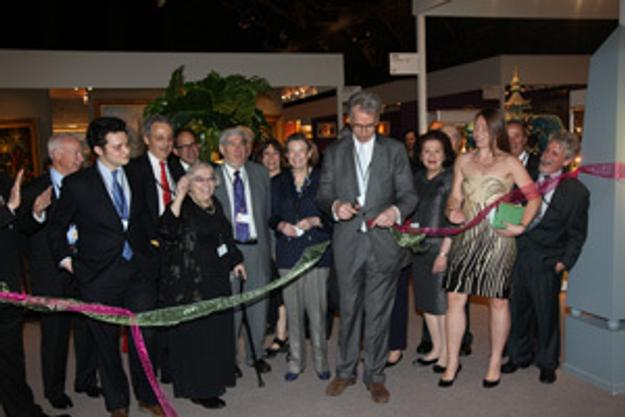 AADLA President Clinton Howell cutting the ribbon officially opening the Inaugural Spring Show NYC.