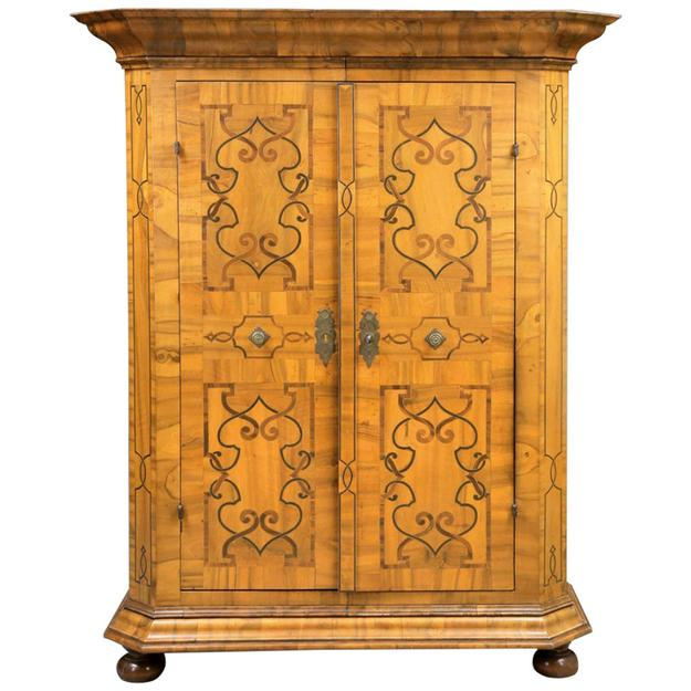 Exhibitor Bernard Vandeuren will showcase this Armoire - a magnificent 18th century Austrian antique with multiple walnut inlays ($24,000).