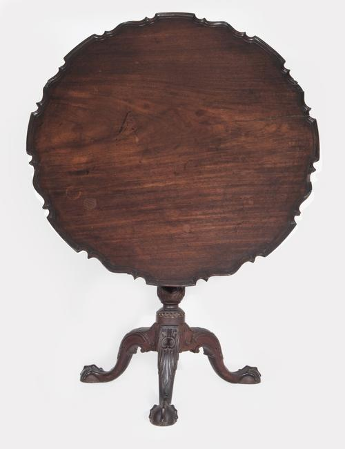 Potter-Crouch-Jordan 18th century Chippendale Tea Table