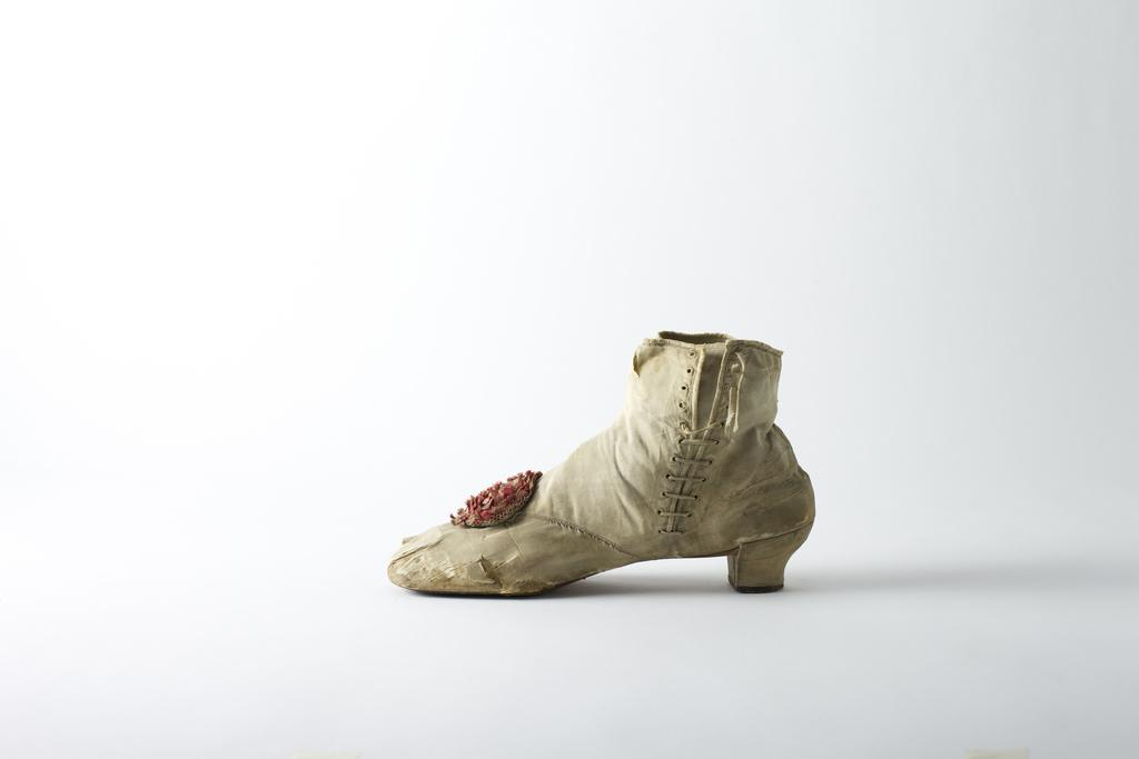 Shattered silk side-lace ankle boot, c.  1860's