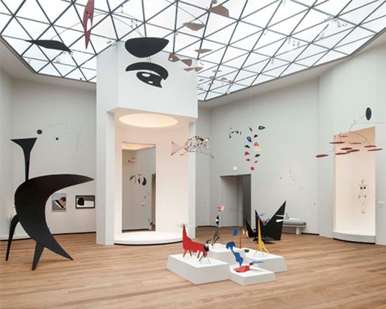 Installation view of Alexander Calder: A Survey in East Building, Tower 2 galleries.  Works of art © 2017 Calder Foundation, New York / Artists Rights Society (ARS), New York.  Photo by Rob Shelley © 2016 Board of Trustees, National Gallery of Art, Washington