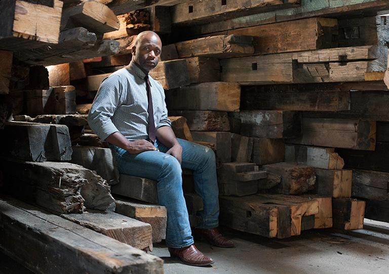 Theaster Gates, 2014.  Photo: Sara Pooley, Courtesy of the artist.