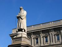 Leonardo da Vinci statue in Milan.  flickr photo.