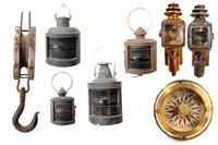 Marine tools.  Consists of: Lamps, lamps, compass and hook.  Developed in sheet metal and wood