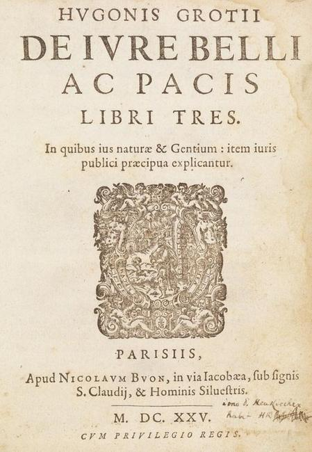 Hugo Grotius' masterpiece De iure belli ac pacis libri tres is of outmost rareness, as only one other copy of the first print from the first edition of this fundamental writing on the modern law of nations is known worldwide.