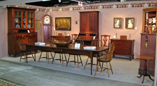 Autumn Hartford Antiques Show is Oct.  30-31.