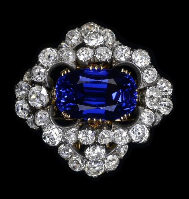 A Magnificent Non-Heated Burmese Sapphire Brooch Late 19th century 37.29 carats Dehres, Hong Kong