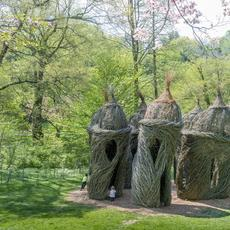 Patrick Dougherty, A Waltz in the Woods