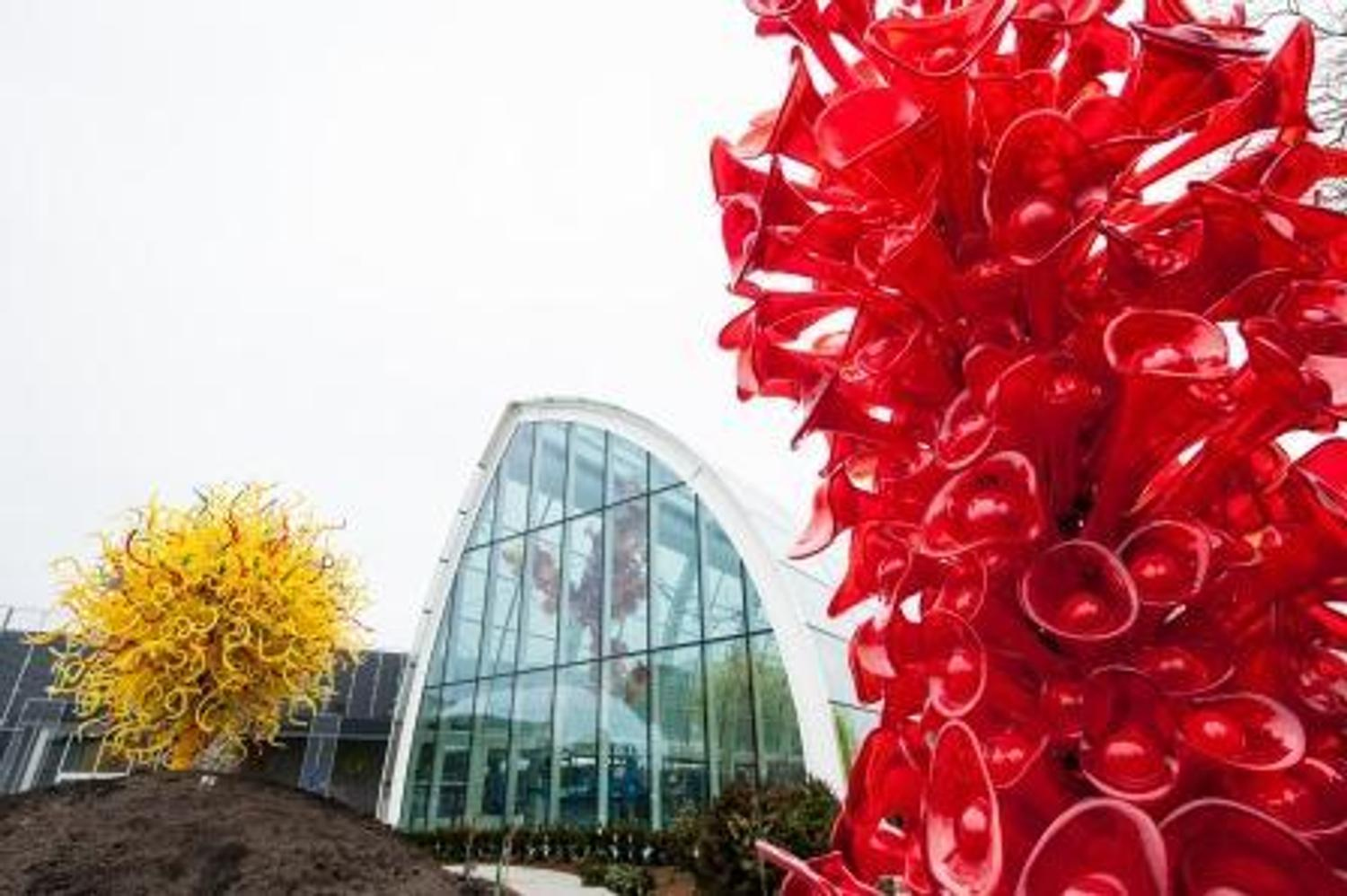 Art Calendar Seattle : Chihuly garden and glass at seattle center to open may