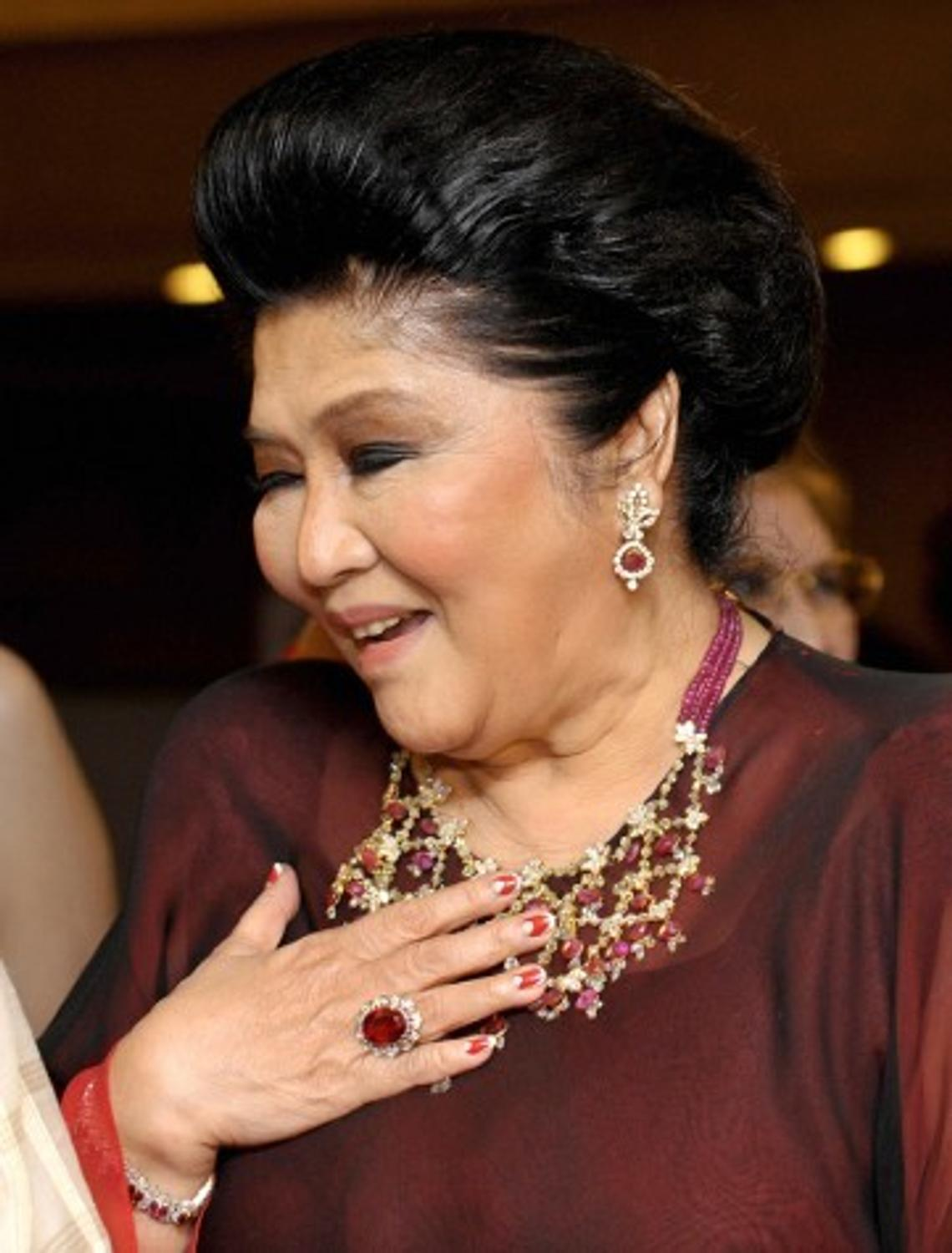 Philippines To Offer 21m Worth Of Imelda Marcos S Jewelry