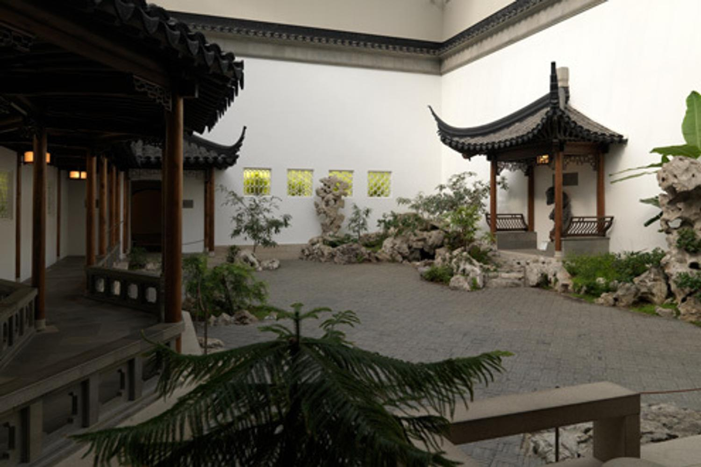 Calendar Metropolitan Museum Of Art : Met museum receives million gift from the irving