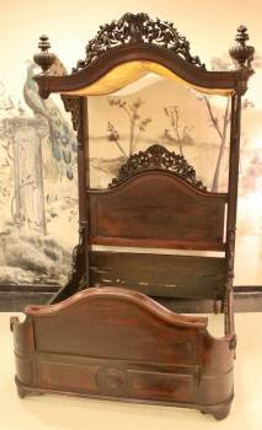 Magnificent Victorian Rosewood Half Tester Bed Attributed