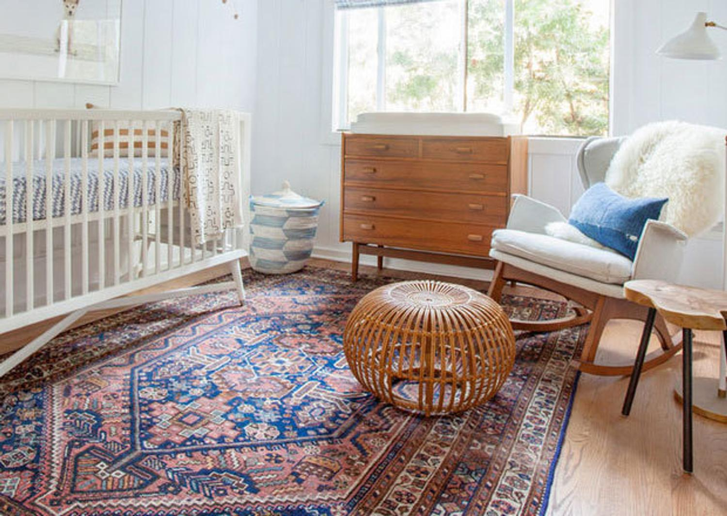 15 Tips For Decorating With Antique Rugs Nazmiyal