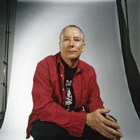 Artist Mike Kelley (1954-2012).  Photo by Cameron Wittig courtesy Walker Art Center