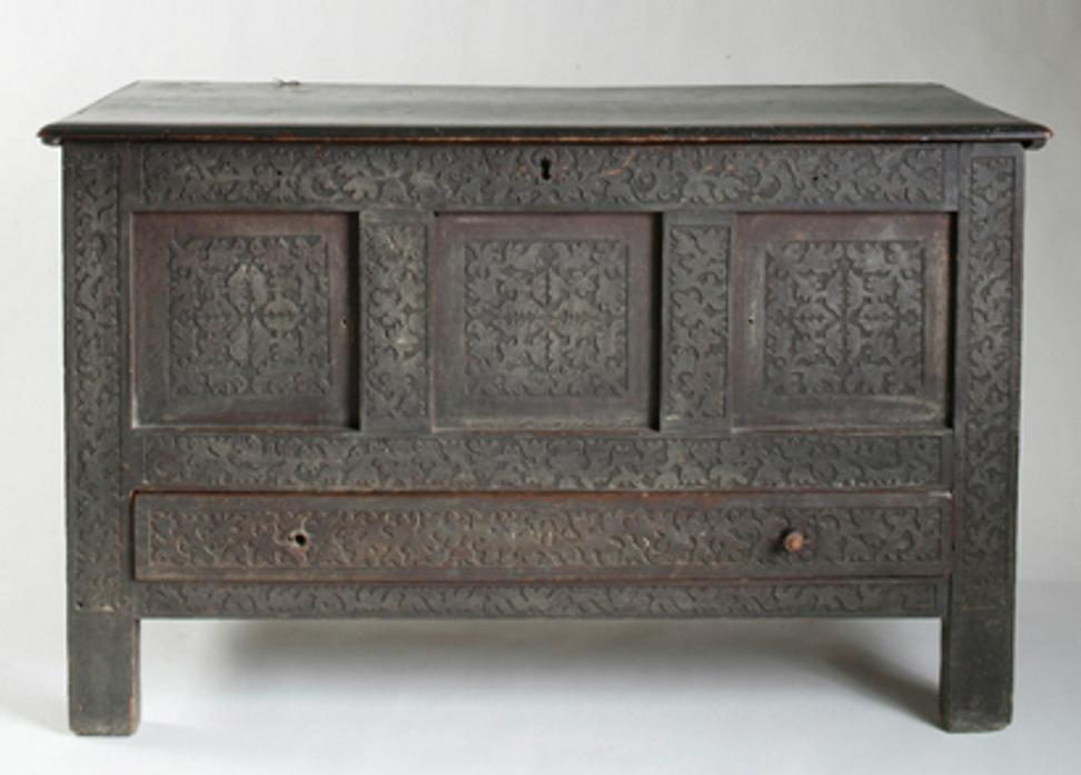 Keno Auctions sold the Drake Family Carved and Painted Joined Chest for $632,400, a world auction record for a 17th century joined chest.