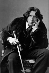 Photograph of Oscar Wilde taken in 1882 by Napoleon Sarony.