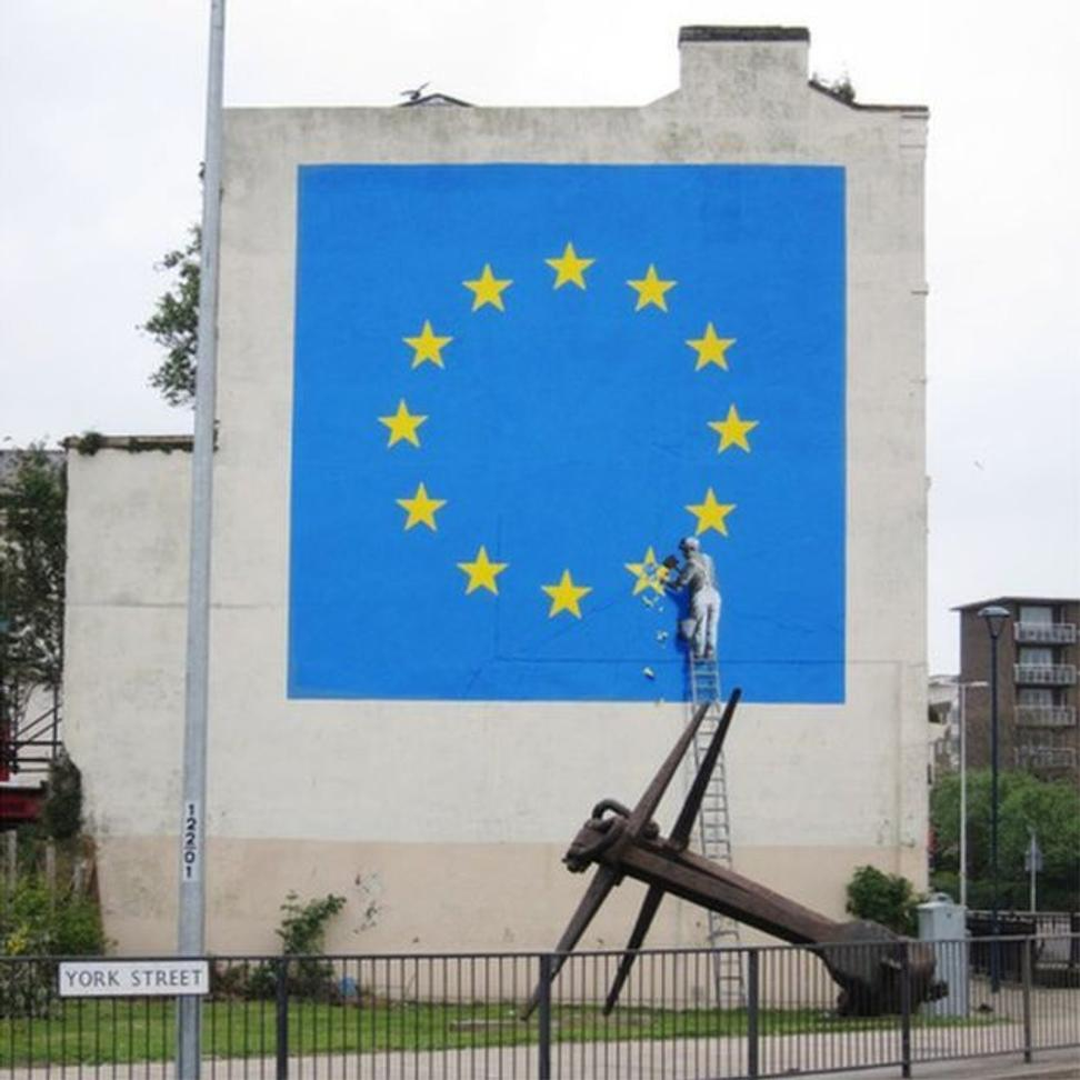 banksy delivers first anti brexit mural on dover wall mural of eu flag dover by bansky