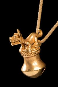 The quality of this pre-Columbian gold piece is exceptionally fine, especially considering it was cast in wax around 1,000 years ago with the lost wax technique.  Ring the bell and feel the quality of gold.