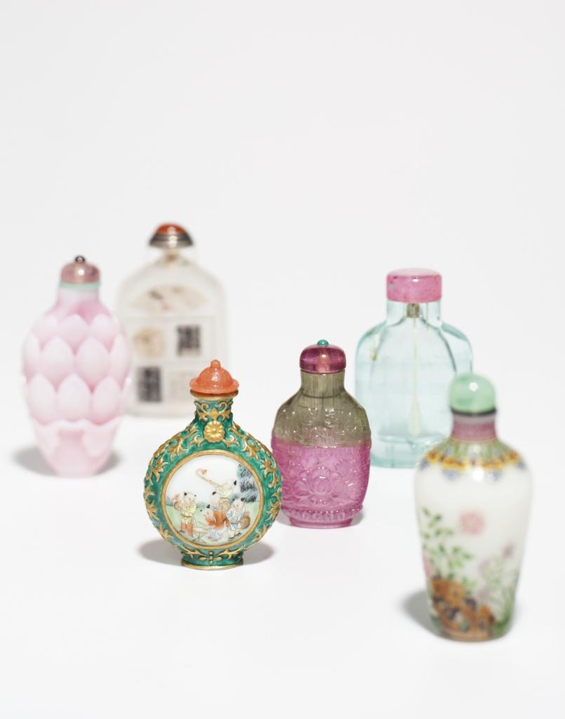 snuff bottles christies