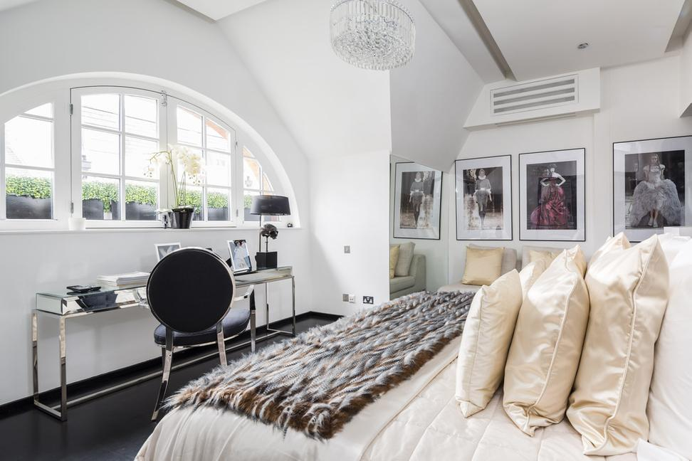 The Upper Floors Of Alexander McQueenu0027s London Residence At 17 Dunraven  Street In Mayfair Have Been