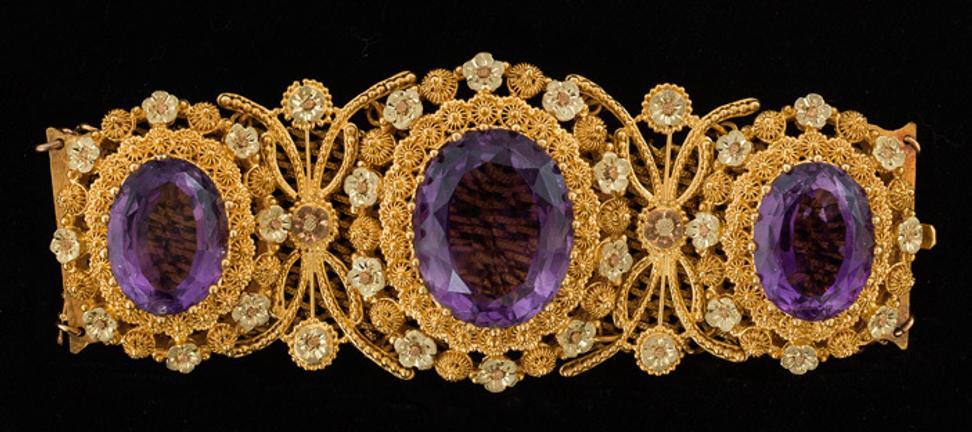 Bijoux Parisiens French Jewelry from the Petit Palais Paris