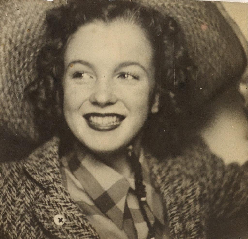 Marilyn Monroe Selfie Among Highlights Of Swann Galleries39 Dec