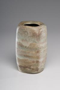 LUCIE RIE, SQUARED STONEWARE VASE/ Cowans+Clark+DelVecchio Modern and Contemporary Ceramics Auction, Nov.6, 2010