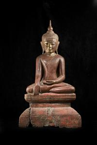 Gilt and Red Lacquer Burmese Wood Buddha, c.  14/15th c.