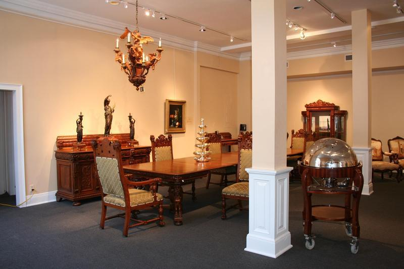 New orleans 39 very own m s rau antiques remains a for Le salon in french